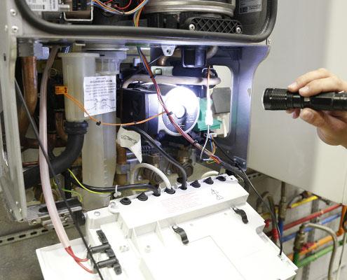 Raumart mantenimiento-de-calderas-de-gas